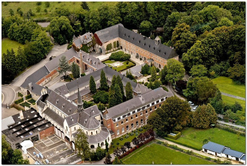 Ontdek de geheimen van Rochefort in de Belgische Ardennen