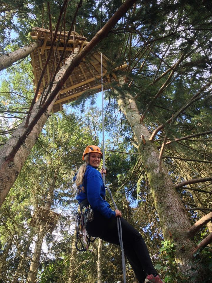 Klimadventure; Abseilen en tokkelen