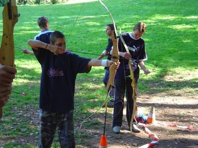 Kids boog- & blaaspijp schieten